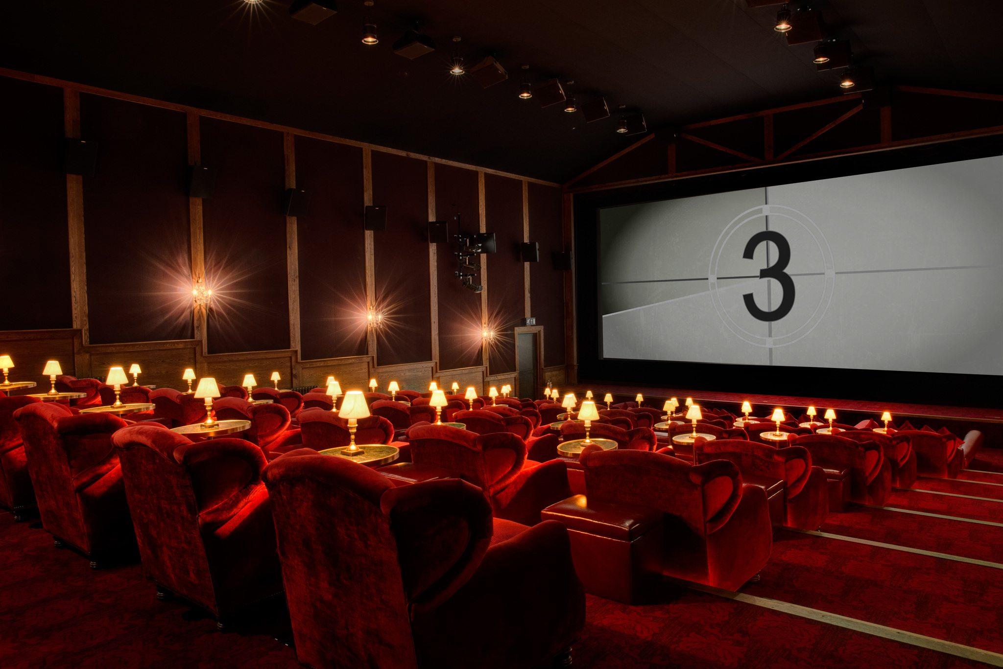 بزرگترین سینمای تایلند بیت کوین میپذیرد