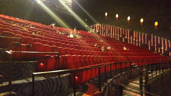 بزرگترین سینمای تایلند بیت کوین می گیرد